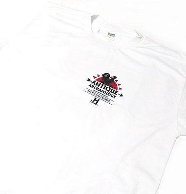 SE006 - Camiseta CAÇADORES DE RELÍQUIAS - Antique Archaeology