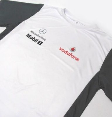 ES152 - Camiseta Bicolor Dry Fit - Estampa MERCEDES VODAFONE F1