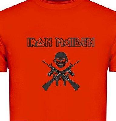 ST079 - Camiseta - Estampa IRON MAIDEN em Recorte a Laser