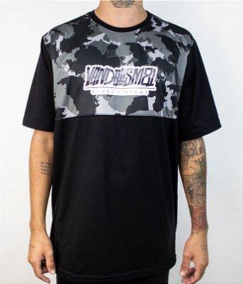 Camiseta Vandalism81 Camuflado Cinza