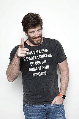 CAMISETA ROMANTISMO ESTONADA