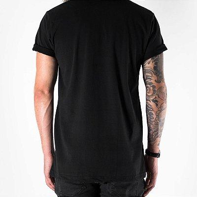 MODERN CLASSIC BLACK T-SHIRT