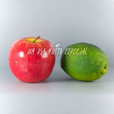 Kit 5 Maçãs + 5 Limõess Artificiais Tamanho Natural