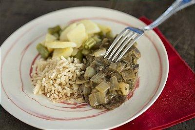 Filé a Diana, arroz integral e mix de batata e vagem