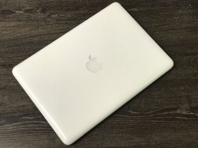 Macbook White 2009 Intel  2,26 GHZ  Core 2 DUO / 4GB Ram / 500 GB HD - Usado