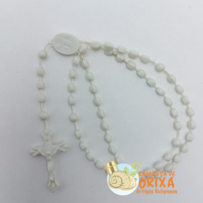 Terço Branco Plástico