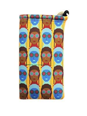 ESTOJO Neoprene Modelo: Usdra Moça Afrodescendente cor Uva