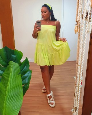 Vestido Curto Crepe Decote Reto Verde Neon  - Dress To