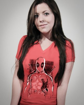 Camiseta Feminina Deadpool