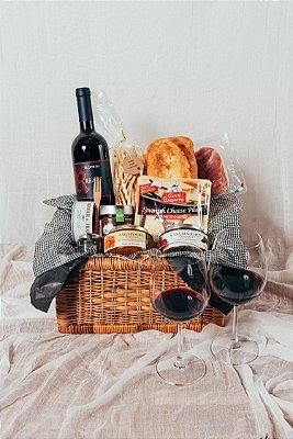 Cesta Vinho e Queijos