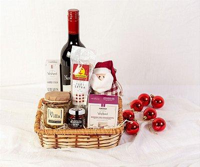 Cesta de Natal com Vinho e Queijo