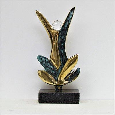 """""""Alcançar Metas"""" - Escultura em bronze patinado e polido com cristal - 18 cm"""