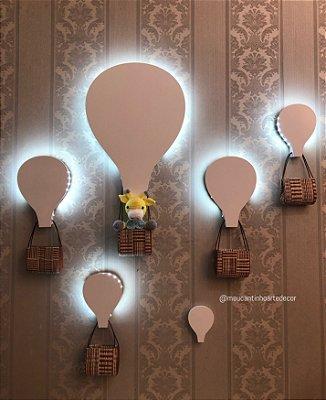 Composição balões com girafinha
