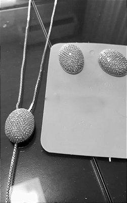 Conjunto de brincos e colar ródio branco