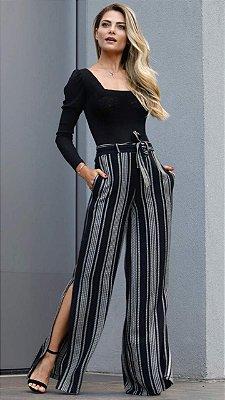Calça Pantalona listras bordada