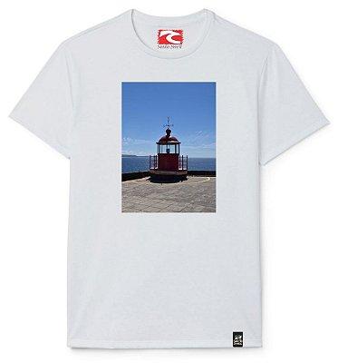 Camiseta Santo Swell Farl in Nazaré Portugal Estampada Manga Curta 3 Cores