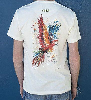 Camiseta Masculina em Algodão Orgânico - Estampa Arara - Artista Paulo Victor
