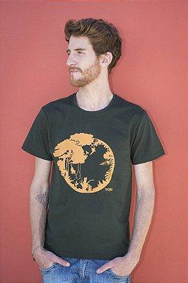 Camiseta Masculina em Algodão Orgânico - Sucessão Ecológica- Artista Laura Romano
