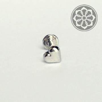Piercing Labret de Coração em Aço