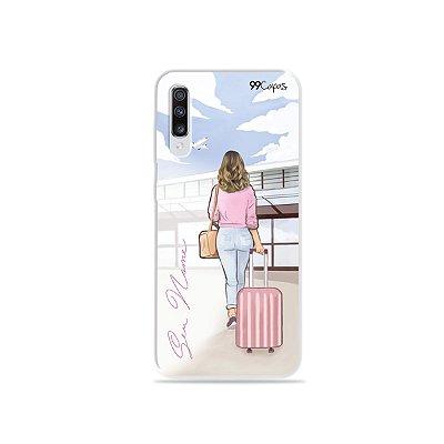 Capinha Girl Travel com nome para Galaxy M - 99Capas
