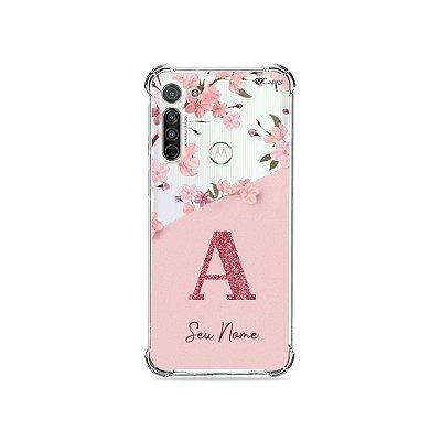Capinha Cerejeiras Velvet com Inicial para Motorola