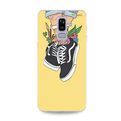 Capa para Galaxy J8 - Sneakers