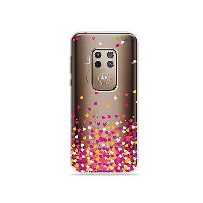 Capa para Moto One Zoom - Corações Rosa