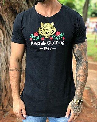 Camiseta Longline Leão 1977 - Kawipii
