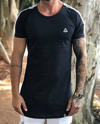 Camiseta Longline Faixa Ombro Black - Lacapa