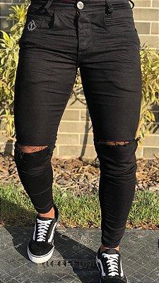 Calça Black Skinny Rasgo no Joelho - Codi Jeans