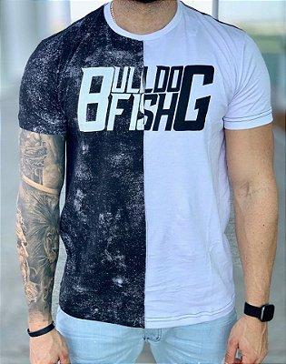 T-Shirt Meio a Meio P/B - Bulldog Fish