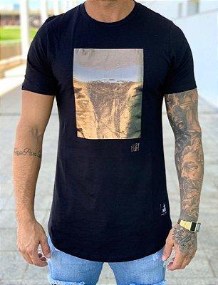 Camiseta Longline Square Foil Preto - Buh