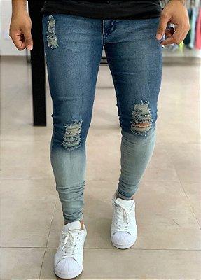 Calça Jeans Skinny Destroyed Barra Degradê Turim - Kawipii