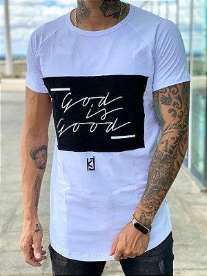Camiseta Longline God is Good Bandeira - King Joy