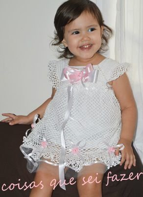 Vestido em crochê infantil para batizado