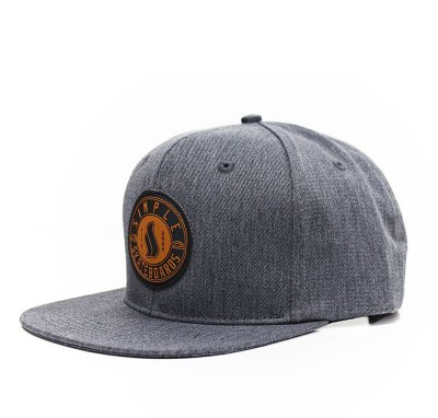 Boné Simple Strapback Lead