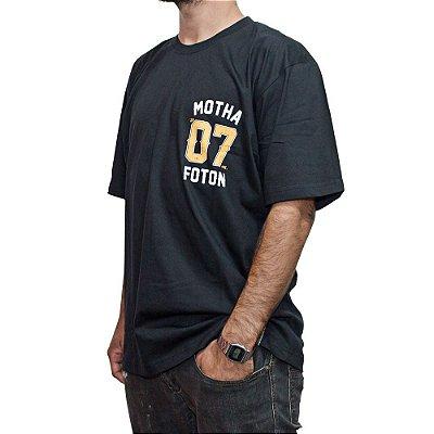 Camiseta Foton Skateboards Preta Motha 07