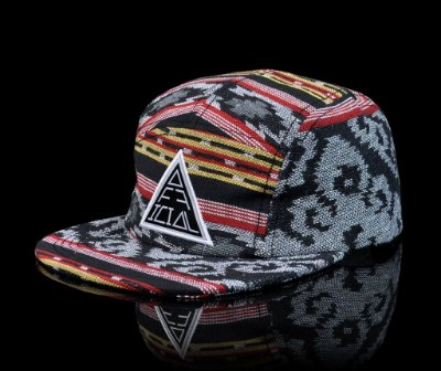 Boné Official Fivepanel Indigenous Triad