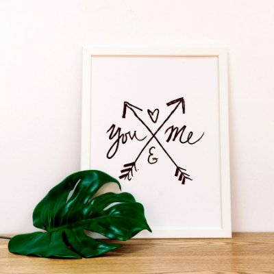 Quadro Decorativo Poster Frase Amor You and Me - Flechas, Branco e Preto