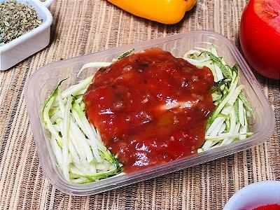 Espaguete de Abobrinha com patinho ao molho bolonhesa
