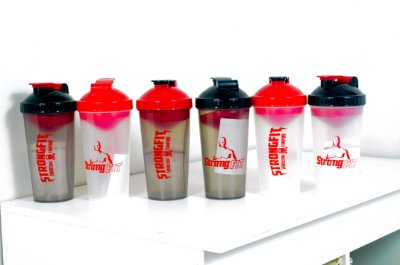 COQUETELEIRA 700 ML STRONGFIT