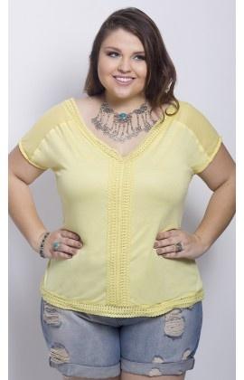Blusa com Detalhe de Renda Amarelo - 9374