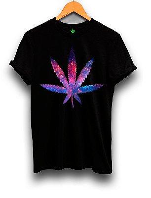 Camiseta Universo Maconha