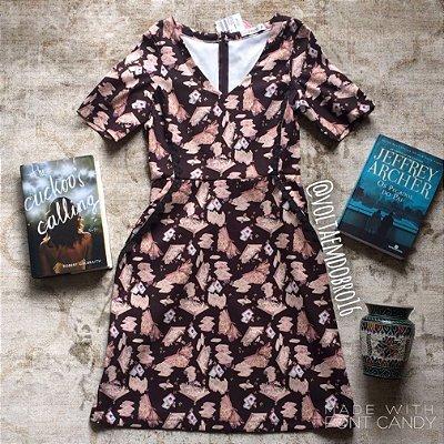 Vestido Curto Estampa Lovely Books