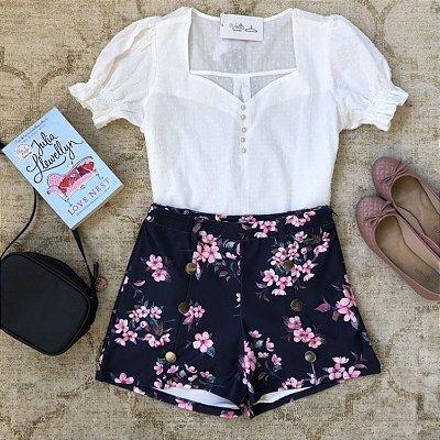 Shorts Estampado com Nesga e Botões