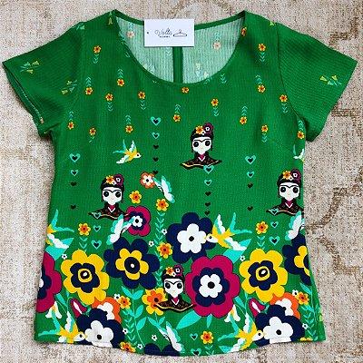 Blusa Bonecas, Flores e Pássaros