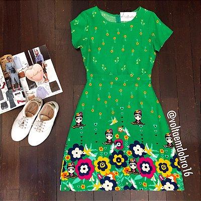 Vestido Bonecas, Flores e Pássaros