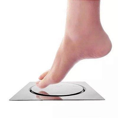 Ralo de Banheiro Inteligente em Inox Sistema Click - 10cm x 10cm (basta pressionar com o pé para abrir e fechar)