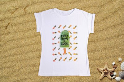 Camiseta Feminina  - Everything is Cool
