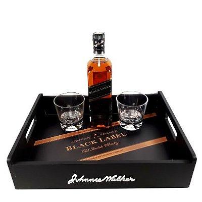 Kit Whisky Johnnie Walker Black Label + Bandeja + 2 Copos